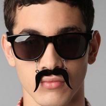 Brille mit Schnurrbart 1