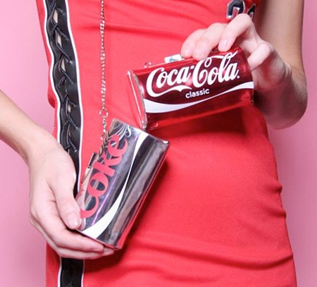 Clutch Coca-Cola