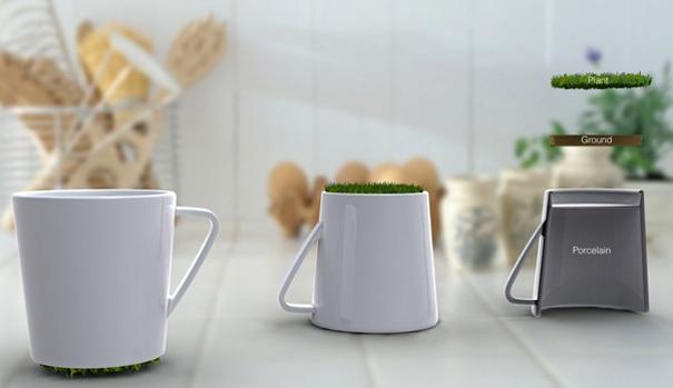 Eine Tasse mit einem mit Gras bewachsenen Boden