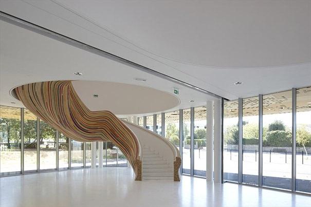 das aussergewoehnliche design der treppe. Black Bedroom Furniture Sets. Home Design Ideas