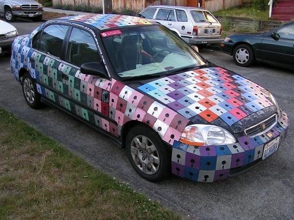 Karosserie aus Disketten