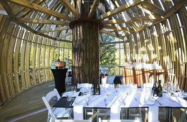 Restaurant auf dem Baum 1