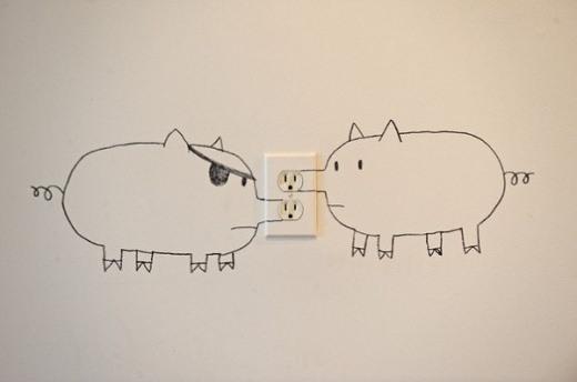 Steckdosen fuer Elektrogeraete kreativ maskiert