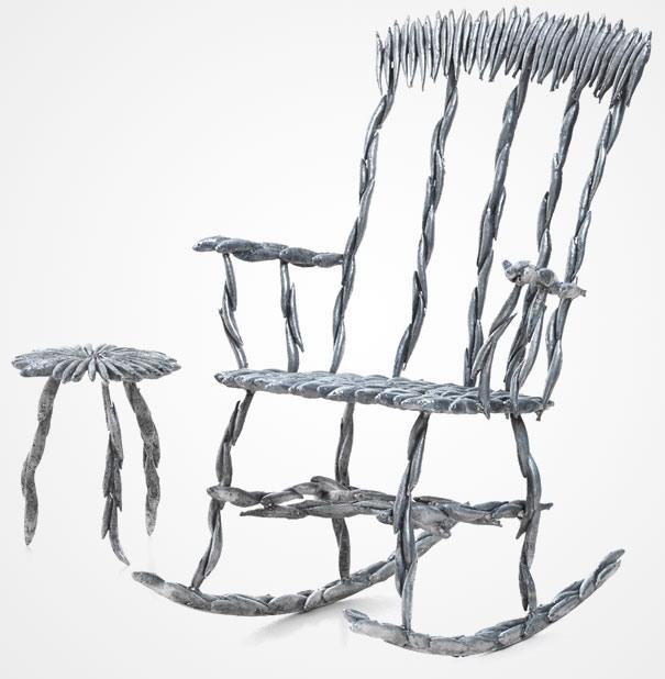 Stuhl aus Fischen