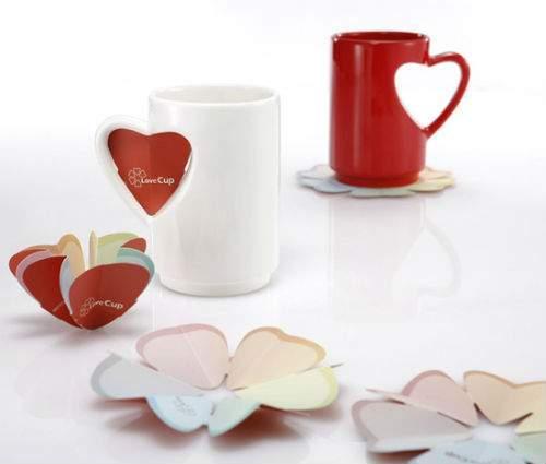 Tassen in Herzform fuer Liebhaber