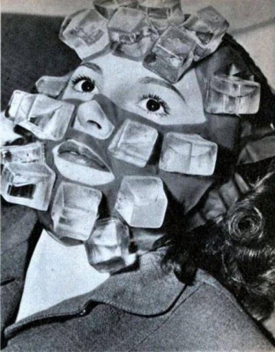 Therapeutische Kompresse mit Eis