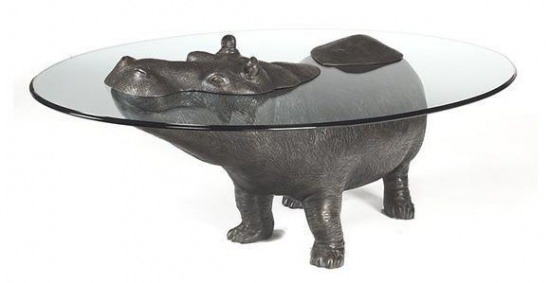 Tisch als Flusspferd
