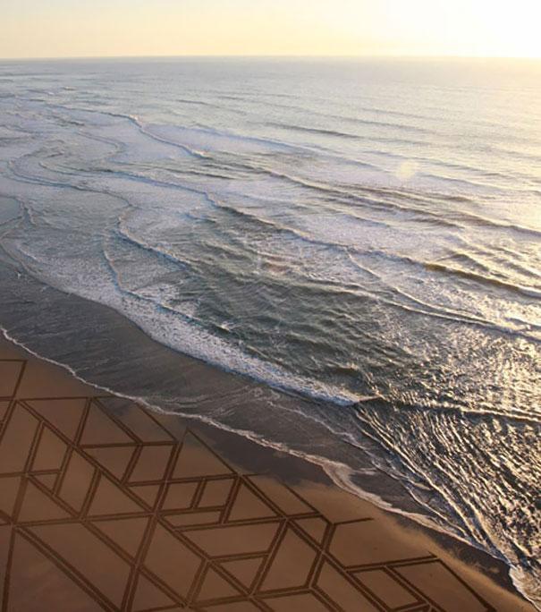 Zeichnungen auf dem Sand 03