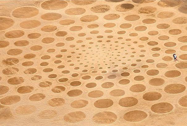 Zeichnungen auf dem Sand 10