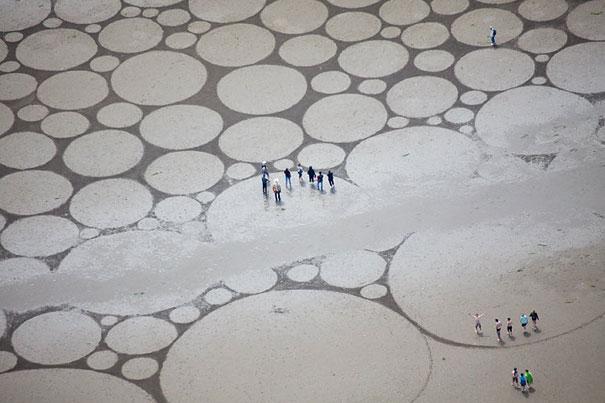 Zeichnungen auf dem Sand 19
