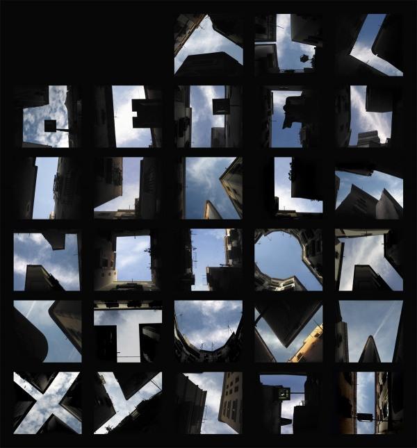 Alphabet und Wolkenkratzer