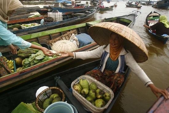 Einkaufen auf Wasser 2