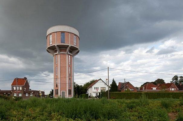 Haus in einem Wasserturm