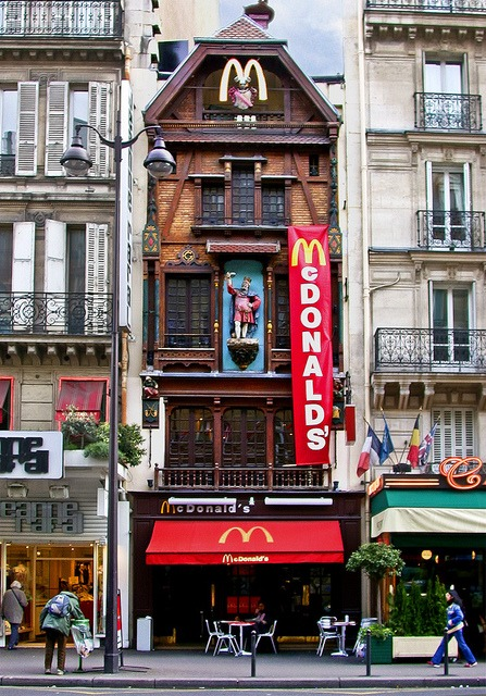 McDonalds in Paris