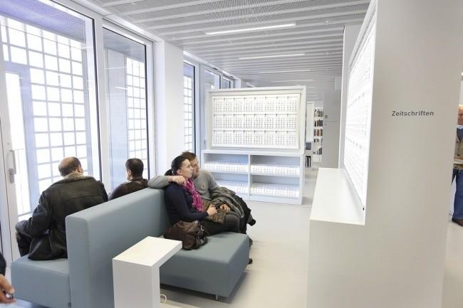 Moderne Bibliothek in Stuttgart 09