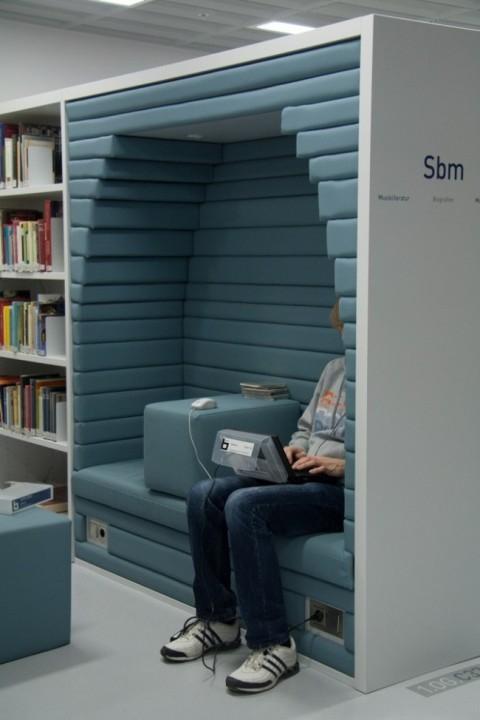 Moderne Bibliothek in Stuttgart 12