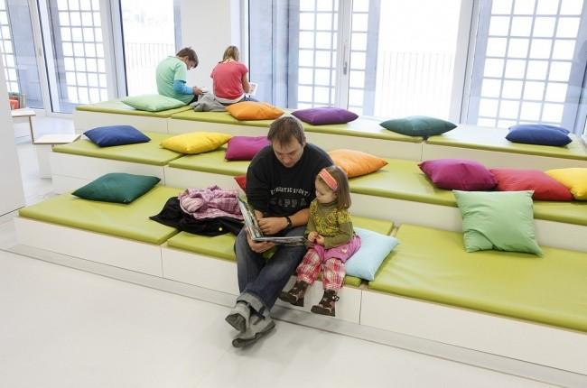 Moderne Bibliothek in Stuttgart 13