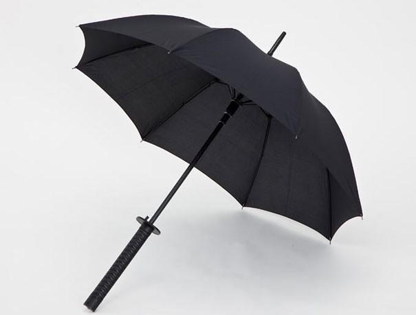 Regenschirm -Schwert