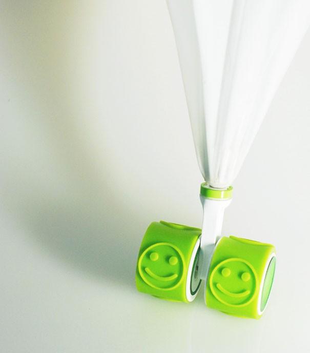 Regenschirm mit Print auf Raedern 1