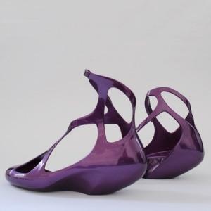 Schuhe von Zaha Hadid fuer Melissa