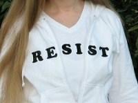 T-Shirt mit einer Botschaft 1