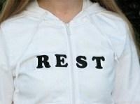 T-Shirt mit einer Botschaft
