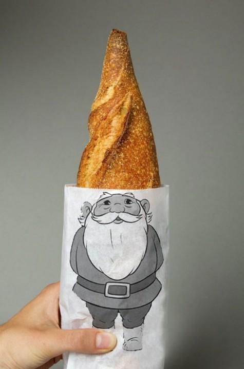 Weihnachtsmann-Hut als Horn praesentiert
