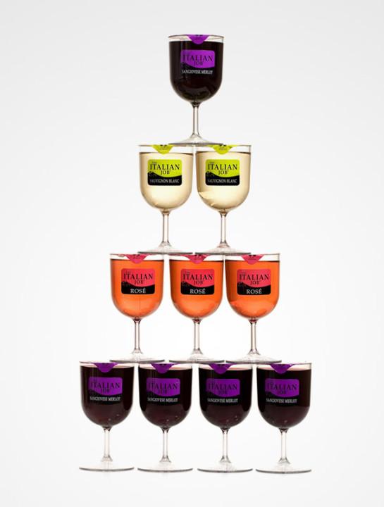 Wein in Plastikbecher