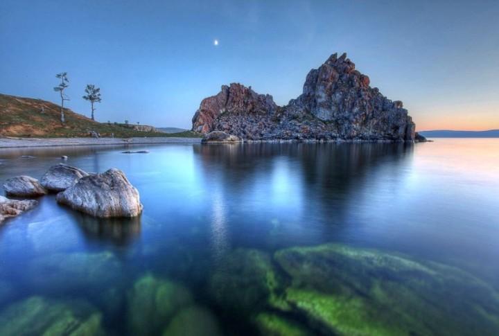 Baikalsee ist der tiefster See in Russland