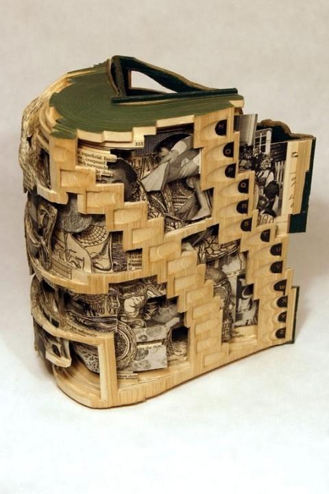 Buch-Skulptur 2
