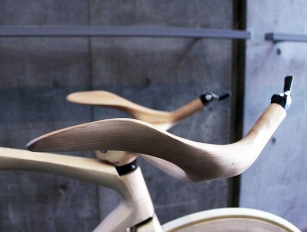 Fahrraeder aus Holz 1