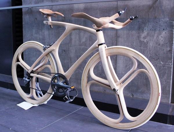 Fahrraeder aus Holz