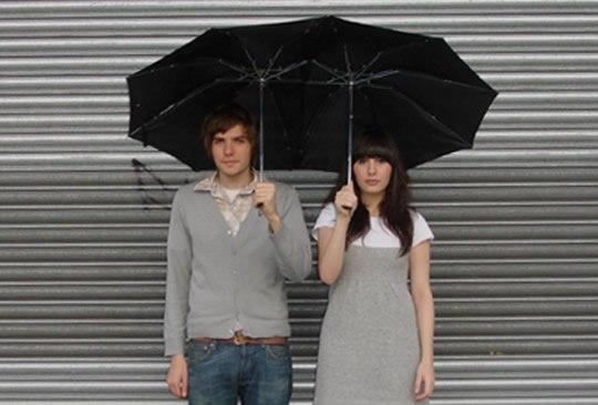 Regenschirm fuer zwei liebende Leute