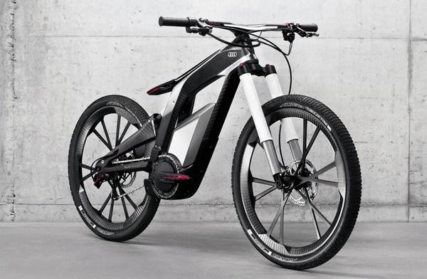 Sportliches Fahrrad mit Elektroantrieb von Audi