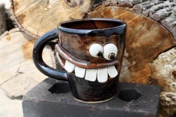 Ukrainisches Studio Psyho hat das Kaffeeservice Antidepressivum 2