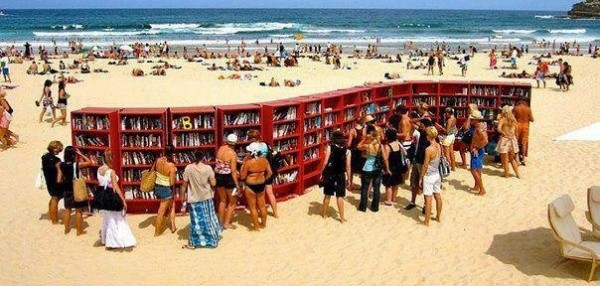 Bibliothek am Strand 3