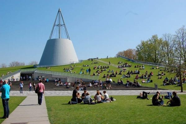 Bibliothek der Technischen Universitaet Delft 2
