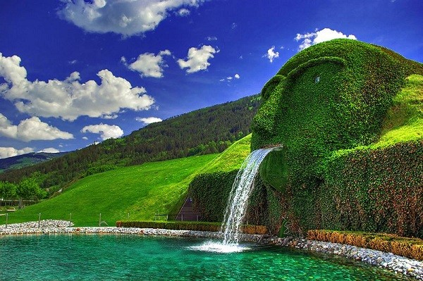 Brunnen Swarovski 1