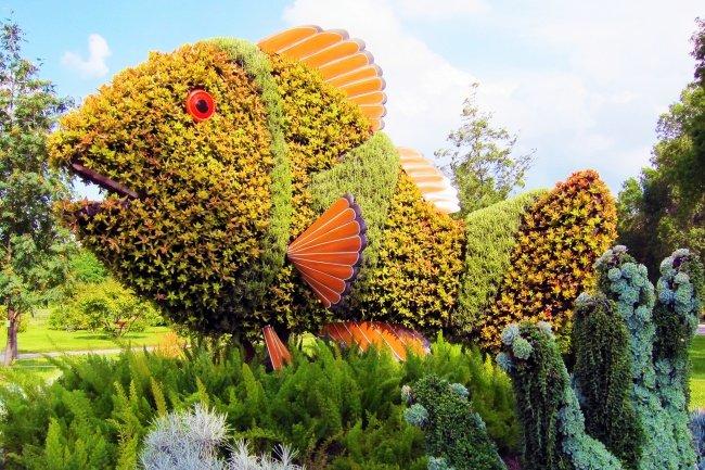 Clownfisch Blumen-Skulpture