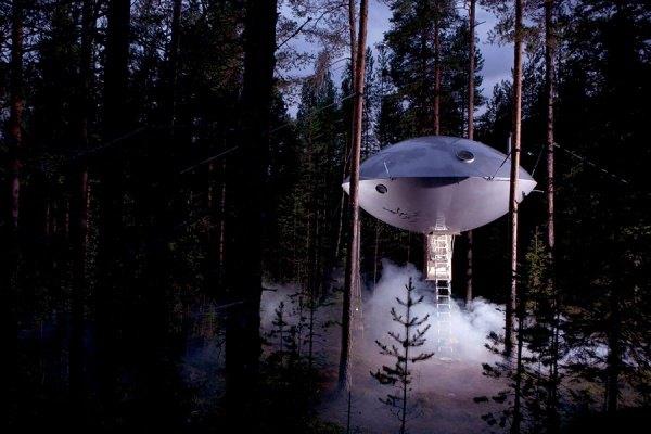 Das Hotel befindet sich auf einem Baum, Schweden 1