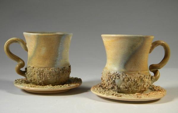Handgemachte Tasse in Form einer Eichel