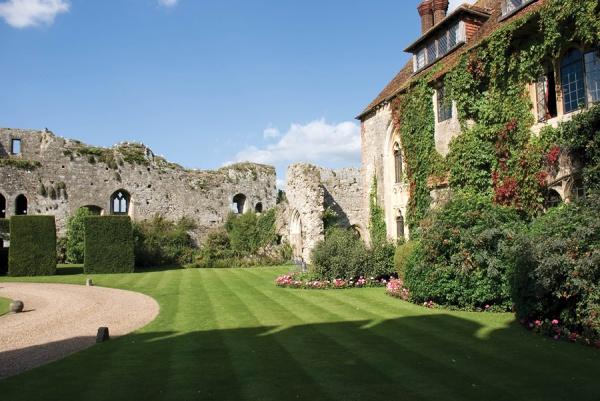 Hotel in Burg, Großbritannien 1