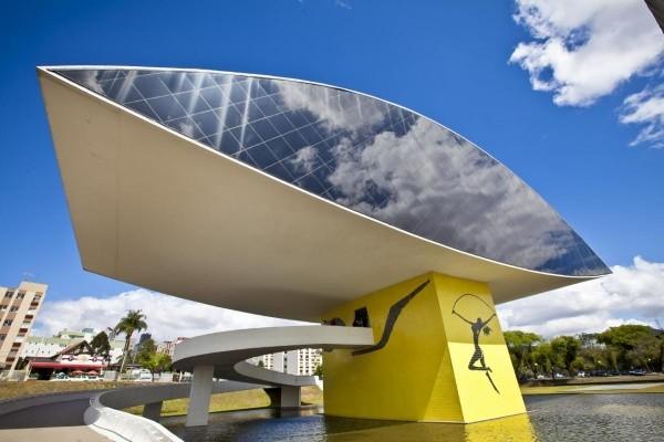 Oscar Niemeyer Museum, in Curitiba, Brasilien 2