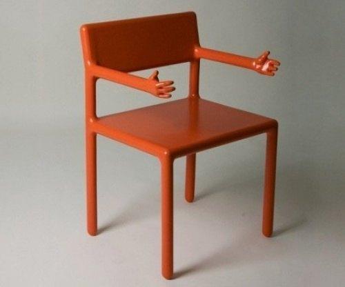 Stuhl, der umarmen kann