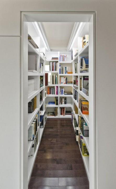 Bibliothek in der Umkleidekabine vom Designer