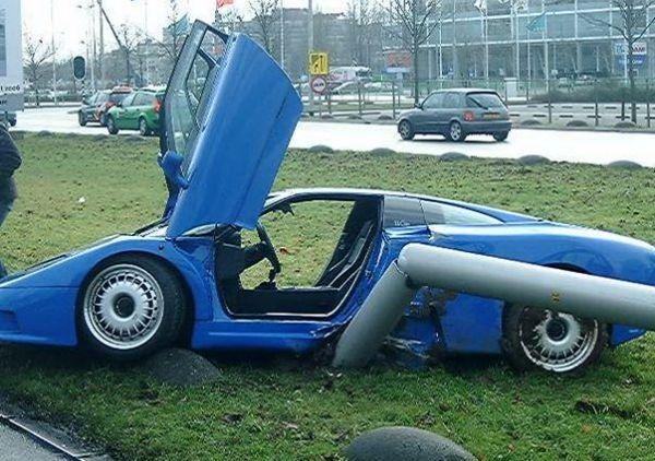 10. Bugatti EB110