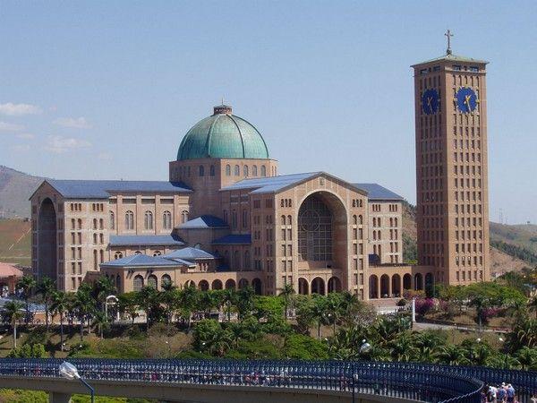 2. Basilika des nationalen Wallfahrtsorts Aparecida Aparecida, Brasilien