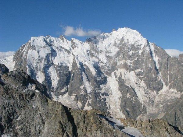 2. Dykhtau, Russland, 5.205 m