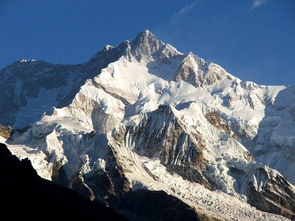 3. Kangchenjunga, 8586 m
