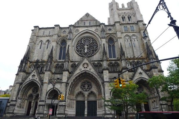 4. Die Kathedrale von St. John the Divine, New York, USA